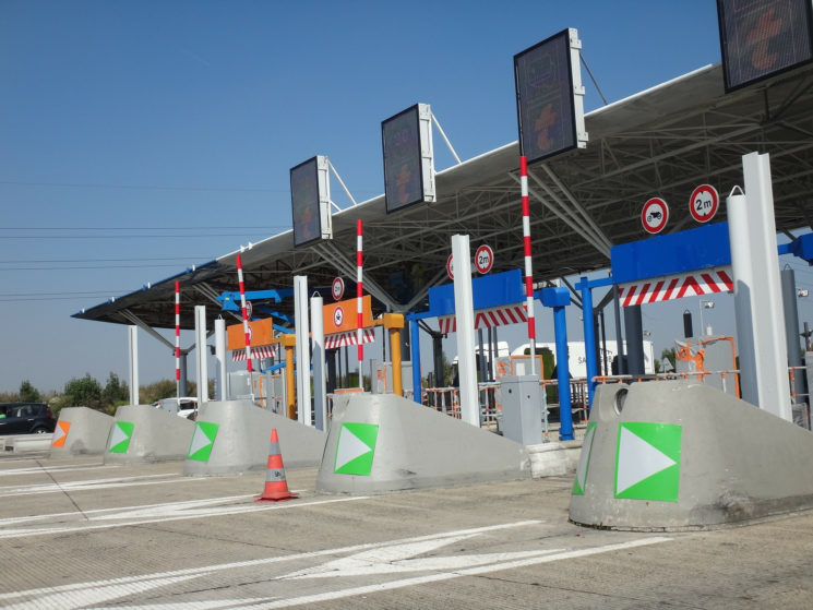 Andamur lanza ServiBox, un nuevo dispositivo para el pago automático de peajes en 11 países europeos.