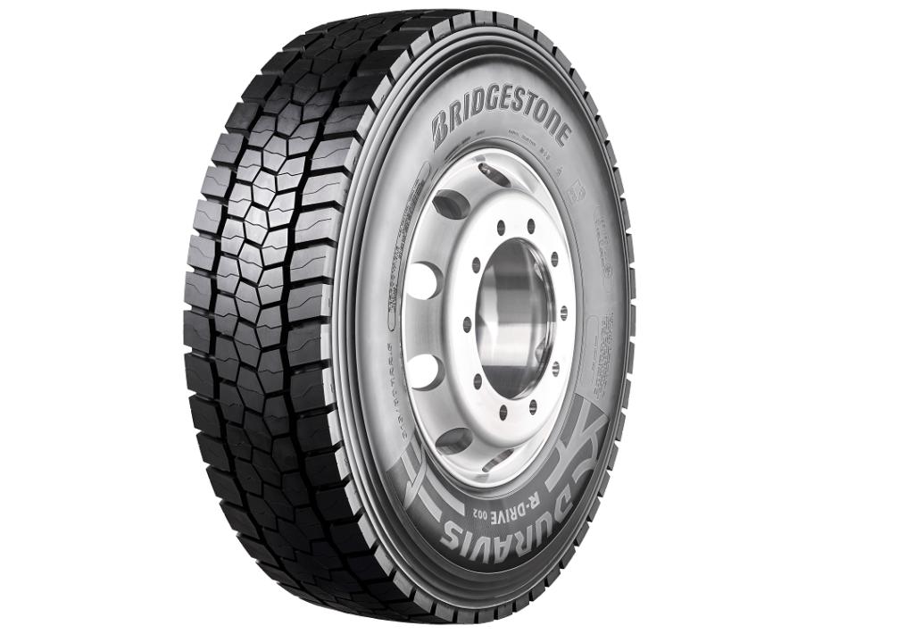 Bridgestone lanza el nuevo neumático de camión Duravis R002 con un 45% más de kilometraje que el anterior.