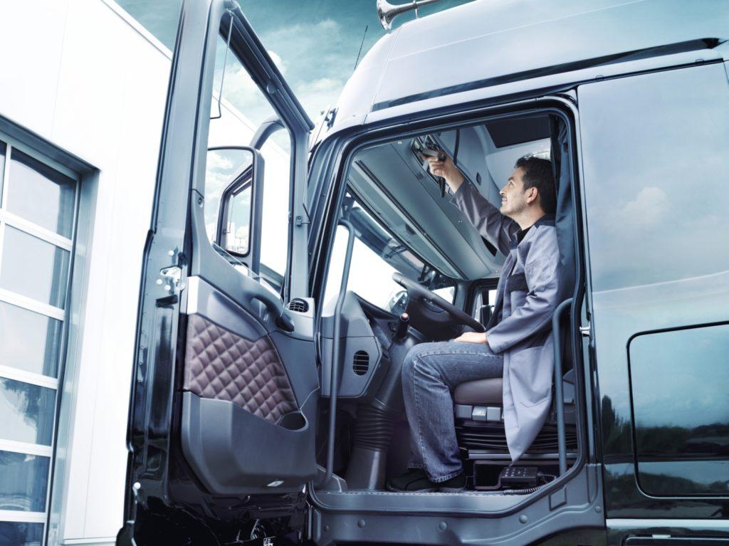 La Inspección de Trabajo ha publicado un Criterio Técnico para la aplicación del registro de la jornada de trabajo y confirma que el tacógrafo es el elemento que sirve para este registro en el caso de los conductores profesionales.