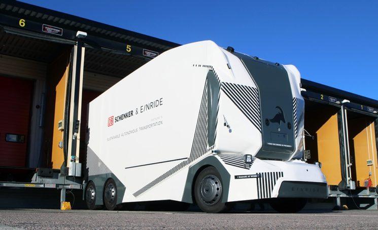 DB Schenker presenta T-Pod, un camión autónomo y eléctrico para sus operaciones logísticas en Alemania.