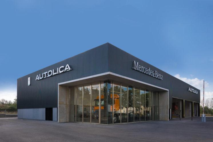 Nuevo concesionario de Mercedes-Benz en Terrassa (Barcelona) para la venta de camiones, buses y furgonetas Mercedes-Benz y camiones FUSO.