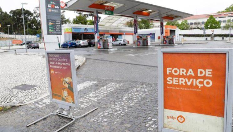Nueva huelga de transporte de combustible en Portugal aunque el Gobierno ha decretado el estado de emergencia energética que puede ponerle pronto punto final.