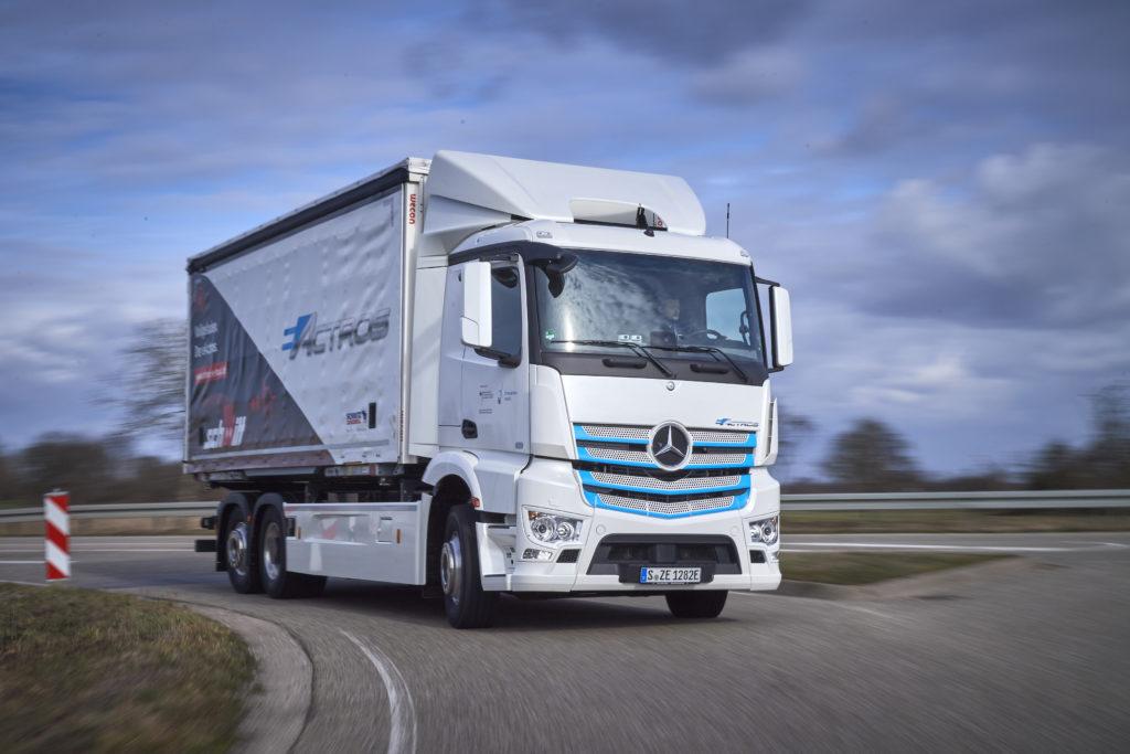 Todos los camiones nuevos producidos por Daimler, propietaria de Mercedes-Benz, serán cero emisiones en 2039.