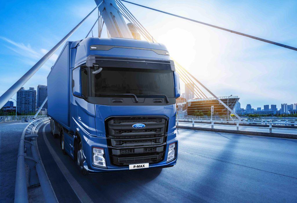 El F-MAX es el camión de larga distancia de Ford Trucks. Cuenta con un motor de 13 litros y 500 CV.