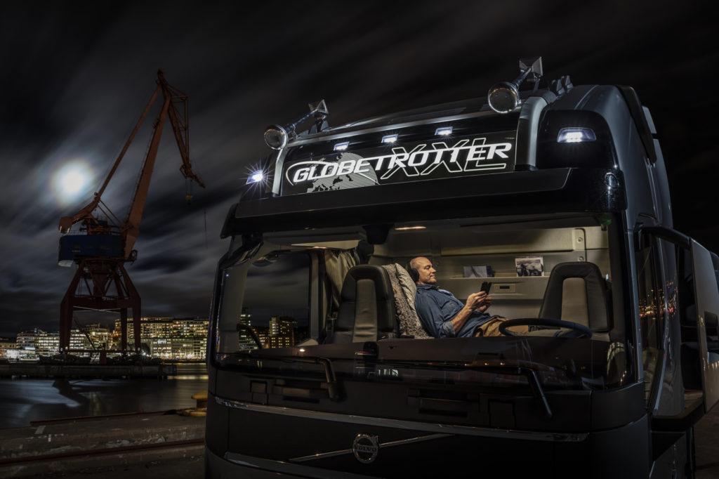 Volvo Trucks presenta la nueva cabina XXL para el FH, 25 centímetros más de espacio para el conductor.