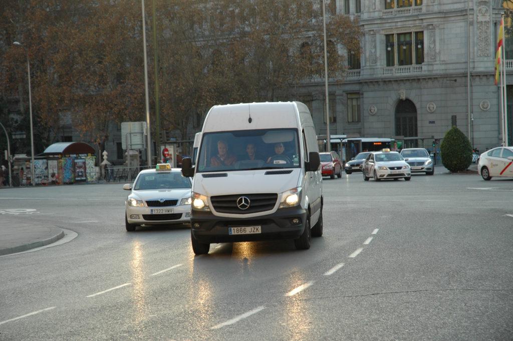 La elevada siniestralidad en el sector de furgonetas preocupa mucho en la Unión Europea, de ahí que se realicen controles para comprobar si cumplen la normativa en materia de seguridad vial.