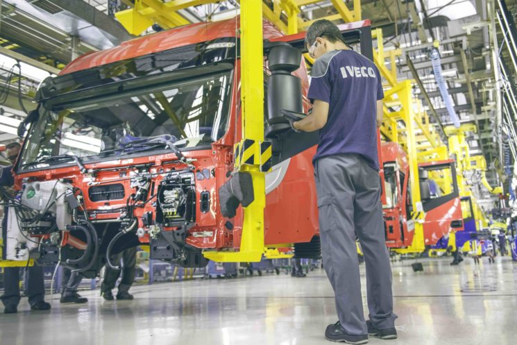 """La planta de Iveco en Madrid ha sido reconocida con el premio a la """"Excelencia Ecológica en la Producción de Camiones"""" que concede la iniciativa europea Lean&Cleen."""