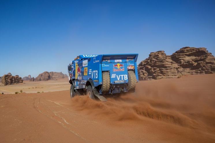 El vencedor de la tercera etapa del Dakar 2020 ha sido el ruso Karginov del equipo KAMAZ.