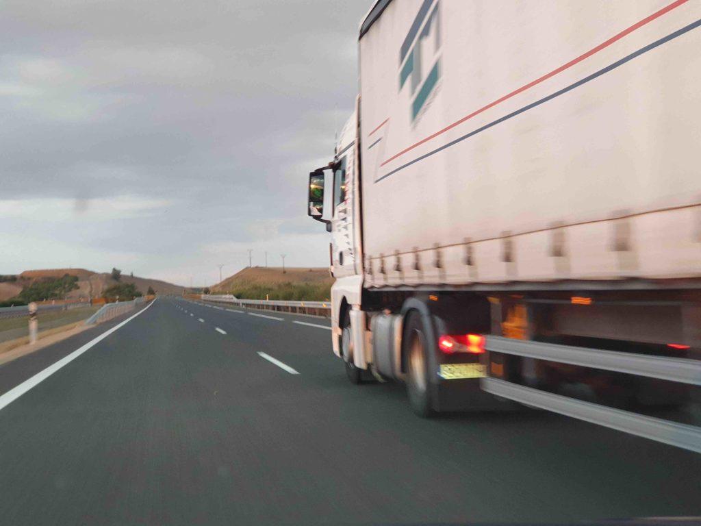 El país Vasco ha publicado ya sus restricciones para camiones para 2020 y empiezan este primer fin de semana de enero, entre otras novedades importantes.