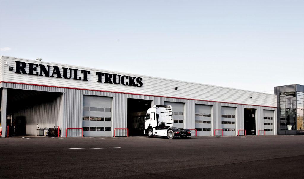 Renault Trucks pone en marcha una campaña de mantenimiento de vehículos antiguos que incluye cheque regalo de hasta 300 euros en piezas para siguientes mantenimientos.