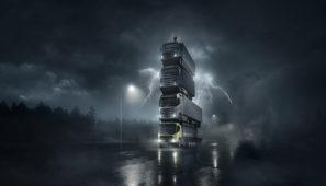 Con una torre formada por los nuevo cuatro camiones, Volvo trucks pone en marcha el lanzamiento.