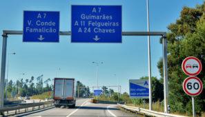 Portugal cierra sus fronteras salvo al transporte de mercancías para lo que establece una serie de pasos fronterizos abiertos a camiones y prevé solicitar una Declaración de Salud.