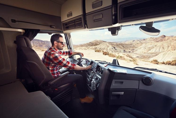 Hasta el 31 de junio, Renault Trucks realiza una revisión gratuita de 17 puntos a los vehículos que acudan a cualquier punto de red a realizar una operación de taller o un programa de mantenimiento.