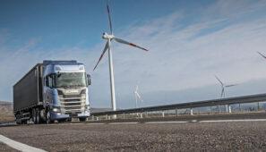 Scania produce sus camiones con energía renovable en sus diez plantas