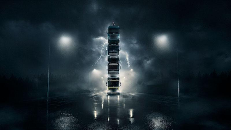 Volvo Trucks muestra la nueva gama de camiones a los clientes