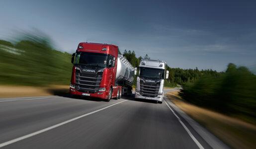 Las tractoras levantan cabeza, pero los vehículos comerciales siguen a la baja